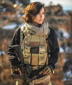 Gals with Guns & Bows Military Women, Military Female, Tactical Clothing, Female Soldier, Military Girl, Warrior Girl, Girls Uniforms, Weapons Guns, Badass Women