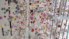 flowers outside in installation - viacom building - times square, nyc - rebecca louise law Times Square, Flower Curtain, To Do This Weekend, Creators Project, Flower Installation, Hanging Flowers, Environmental Art, Flowers Nature, Public Art