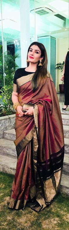 How to Select the Best Modern Saree for You? Sari Design, Indian Attire, Indian Ethnic Wear, Indian Dresses, Indian Outfits, Saris Indios, Anarkali, Lehenga Choli, Designer Sarees