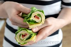 Salátový wrap - low carb Prosciutto, High Protein Low Carb, Low Carb Diet, Tofu, Füllende Snacks, Salat Wraps, Healthy Fats, Healthy Recipes, Filling Snacks