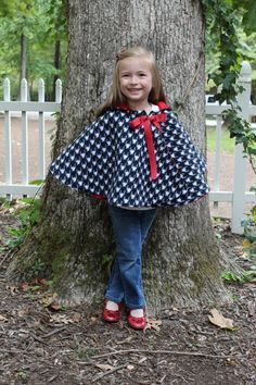 Cozy Hooded Cape for kids sewing pattern, cape tutorial, PDF sewing pattern,