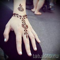 мехенди на руке браслет - фото временной тату хной 12265 tatufoto.ru