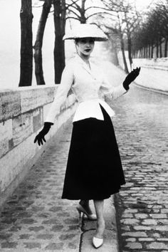 15 gorgeous vintage photos of Dior in the 1940s—at the height of the designer's New Look.
