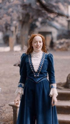 Anne Shirley, Amybeth Mcnulty, Gilbert And Anne, Anne White, Gilbert Blythe, Anne With An E, Beautiful Series, Girls With Red Hair, Renaissance Dresses
