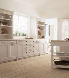 English Mood Kitchen by Minacciolo 2016 #englishmood #minacciolo #interiors #interiordesign #living #kitchen #decorinterior #architecture #shabbychicdecor #shabbychic #elegance #details #shabby #chic #country #englishstyle #madeinitaly #furniture #english #mood