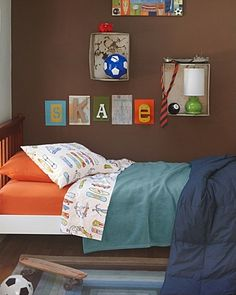 Skateboard bed room - doesn't link to anything relevant but like the colors and pic so I pinned anyway