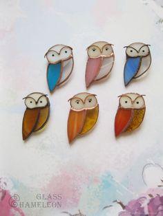 Купить Витражная брошь Сова - Витраж, комбинированный, стеклянная сова, сова брошь, совушка брошь