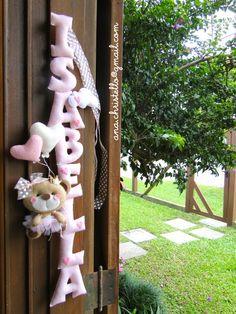 : Porta de maternidade - nome em feltro Isabella