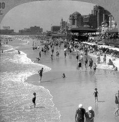 Boardwalk Empire (Atlantic City looks about 1920-1930)