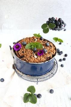 Blueberry Spelt Crumble Cake
