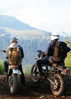 Triumph Motorcycles, Deus Ex Machina Motorcycles, Motorcycle Camping, Motorcycle Style, Motorcycle Touring, Bike Style, Ducati, Motocross, Sidekick Suzuki