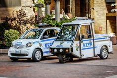 Smart ForCops: 250 Fortwo's voor politie New York Old Police Cars, Police Truck, Rescue Vehicles, Police Vehicles, New York Police, Smart Fortwo, Brooklyn New York, Weird Cars, Emergency Vehicles