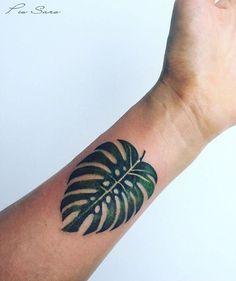Pis Saro monstera leaf tattoo