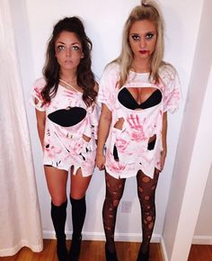 It can be hard to think of good Halloween costume ideas. Simple costumes may also work because Halloween costumes do not need to be complex to Halloween Zombie, Halloween Mignon, Couples Halloween, Zombie Halloween Costumes, Cute Halloween, Zombie Costume Women, Women Halloween, Zombie Couple Costume, Girl Boxer Halloween Costume