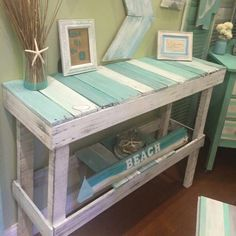 Wooden Pallet Projects 200 lavish Pallet Wooden Project Ideas for a Tranquil Life Wooden Pallet Projects, Wooden Pallet Furniture, Wood Pallets, Painted Furniture, Pallet Wood, Diy Pallet, Rustic Furniture, Beach House Decor, Diy Home Decor