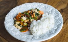Yummy Thai Recipes {Chicken with Cashew Nuts}