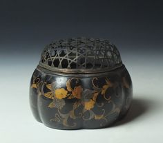 Edo Period Lacquer Akoda Koro