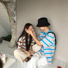 Korean Couple, Korean Girl, Couple Aesthetic, Korean Aesthetic, Couple Ulzzang, Ulzzang Girl, Boy And Girl Best Friends, Couple Posing, Couple Photos