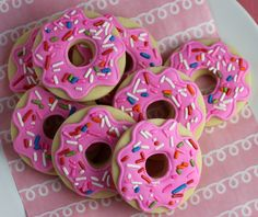 Do you prefer to spell it doughnut or donut? Eeny, meeny, miny, moe… I'm going with doughnut. Believe it…