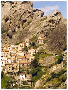 #Castelmezzano in the southern Italian province #Potenza - one of the most beautiful town of Italy