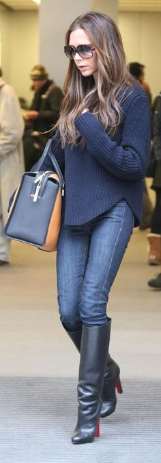 Victoria Beckham Style and Fashion - Céline Navy Cable Side Vent Sweater - Celebrity Style Guide Fall Outfits, Casual Outfits, Cute Outfits, Fashion Outfits, Womens Fashion, Fashion Trends, Fashion Inspiration, Love Her Style, Looks Style