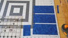 Welcome to Hexagon - Easy Y Seams Table Runner Project Part 2 of 3 By Paco Rich It is important that you read through ever. Strip Quilt Patterns, Strip Quilts, Pattern Blocks, Sewing Patterns, Tumbling Blocks Quilt, Quilt Blocks, Hexagon Quilt, Square Quilt, Plus Forte Table Matelassés