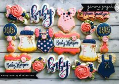 Loving this baby set from Misty She used our hand lettered baby to created a beautiful addition to this set. The florals on the background are perfect! Iced Cookies, No Bake Cookies, Sugar Cookies, Baby Girl Cookies, Baby Shower Cookies, Baby Girl Themes, Baby Girls, Cookie Decorating, Event Planning