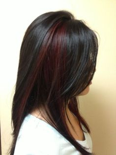 5 Black Red Hair Color You Must Consider Maroon Hair Colors, Red Hair Color, Black Hair With Highlights, Hair Color Highlights, Chunky Highlights, Caramel Highlights, Red Peekaboo Highlights, Peekaboo Color, Auburn Highlights