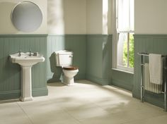 Salisbury Suite : Traditional Victorian and Edwardian Bathrooms. Old Fashioned Bathrooms. UK