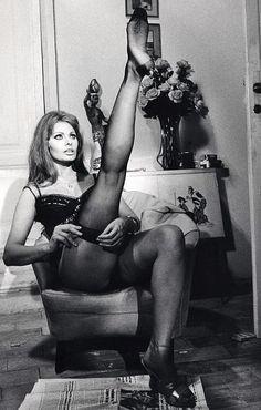 "Sophia Loren on the set of ""Ieri oggi domani"", 1963"