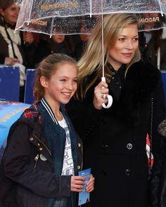 Coup de bol pour elle, Lila Grace ressemble à sa mère Kate Moss