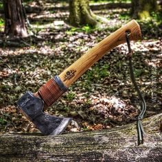 A Wildlife hatchet in its natural environment.  I really love that hatchet: it's lightweight, fits in my backpack and it's ... A beauty! What can I say more?  The initial of the blacksmith that forged it are the same of mine!  #bushcraft #bushcrafting #bu