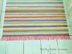 How to Paint A Faux Rag Rug