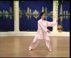 24式太極拳  |  Very nice performance of a 24-tai chi form. I think it is a Yang style but the titles were in Chinese.