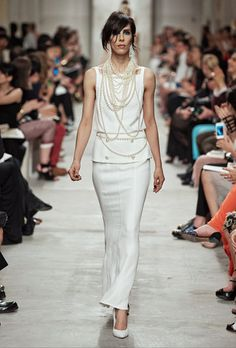 Chanel Cruise 2013/14 and pearls!