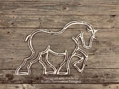 Unique Horseshoe Art and Home Decor Welding Art Projects, Welding Crafts, Metal Projects, Blacksmith Projects, Horseshoe Projects, Horseshoe Crafts, Horseshoe Art, Metal Sculpture Artists, Horse Sculpture