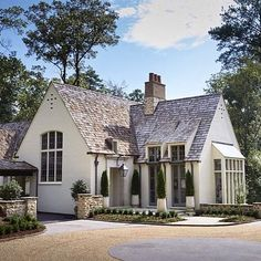 A charming French inspired house by Birmingham architects Shepard and Davis. • • • • #Mountainbrook #Birmingham #Alabama #rambling #french #frenchcountry #ShepardandDavis #motorcourt #peagravel #architecture #design #thecuratedhome Italian Cottage, Victorian Cottage, French Cottage, Cozy Cottage, Cottage Style, Small Dream Homes, My Dream Home, Charleston House Plans, French Architecture