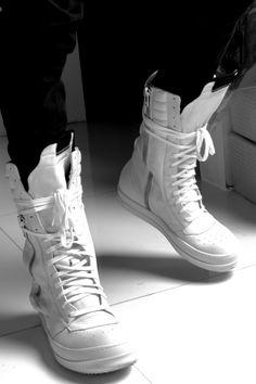 Hype Shoes, Men's Shoes, Shoe Boots, Shoes Sneakers, Sneakers Fashion Outfits, Mens Boots Fashion, Zapatillas Nike Jordan, Inspiration Mode, Fashion Inspiration