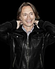 Robert Carlyle By Ken Dundas Katie Leung, Emilie De Ravin, Richard Madden, Robert Carlyle, Rise Of The Guardians, National Portrait Gallery, Captain Swan, Just Smile, Ouat