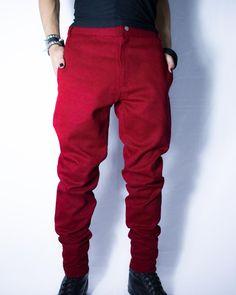 Distopia Collection - Calça skinny vermelho escuro - Moda masculina e sustentável, para homens com estilo alternativo