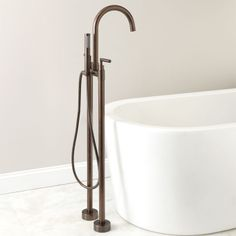 Monticello Gooseneck Freestanding Bath Filler / hand sprayer-Oil Rubbed Bronze CODE: 107596