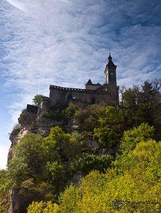 Le Chateau  (le quel? on en sait rien! hate it when they don't name the pics!)