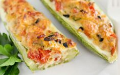 Zucchini stuffed with vegetables and ham ww - dish and recipe New Recipes, Baking Recipes, Healthy Recipes, Vegan Dessert Recipes, Dinner Recipes, Zucchini Bread Recipes, Healthy Zucchini, Plat Vegan, Sicilian Recipes