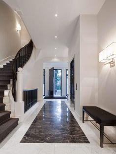 Interior staircase entrance hall with marble floor Corridor Design, Foyer Design, Tile Design, Interior Staircase, Staircase Design, Marble Staircase, Luxury Interior, Modern Interior Design, Modern Entryway