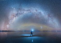 Photographer Captures the Milky Way Mirrored on Earth at the World's Largest Salt Flat.