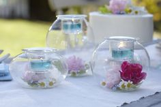 Planning a wedding this year? Check out these ideas for having the wedding of your dreams and not breaking the bank. #PartyLite #candles