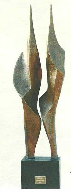 #Bronze #sculpture by #sculptor Diana Whelan titled: 'Flame'. #DianaWhelan