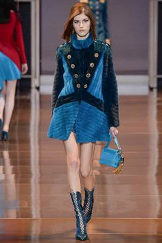 Versace Fall 2014 RTW - Runway Photos - Fashion Week - Runway, Fashion Shows and Collections - Vogue
