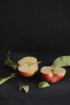 Madame Gateau: Mijoté de veau aux pommes Fruit Photography, Food Photography Styling, Food Styling, Photography Ideas, Fruit And Veg, Fruits And Vegetables, Fresh Fruit, Photo Fruit, Fruit Picture