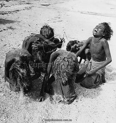 January Aboriginal women washing their hair with sand at Arnhem land in the Northern Territory of Australia. (Photo by Three Lions/Getty Images) Aboriginal Culture, Aboriginal People, Aboriginal Art, Aboriginal Education, Indigenous Education, Indigenous Art, Australian Aboriginal History, Australian Aboriginals, Australian People